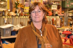 Gwen Ahlers, Lakewood drawing & painting teacher