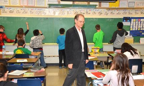 Terry McCanne teaches 4th grade math